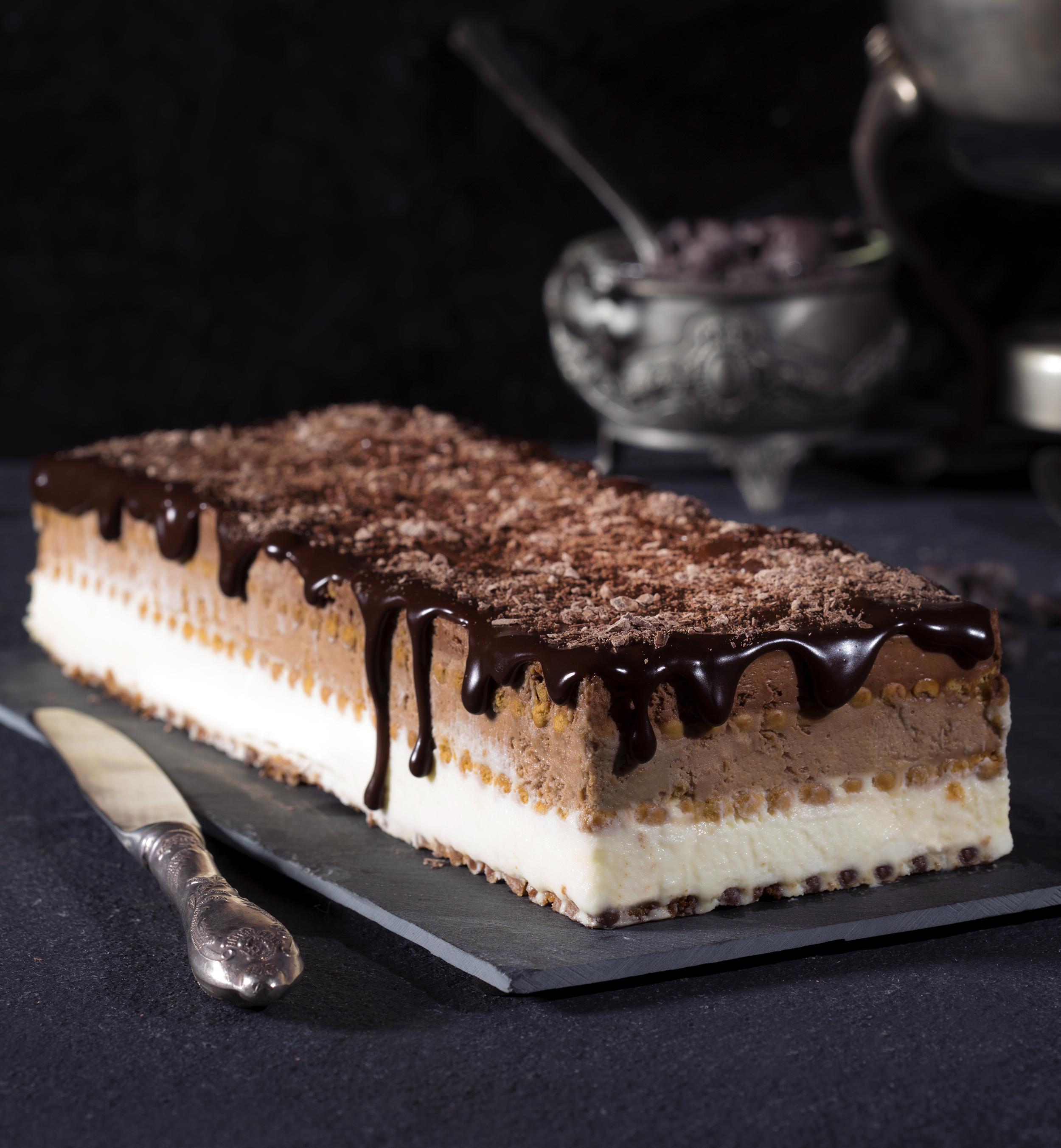 עוגת ביסקוויטים טריקולד